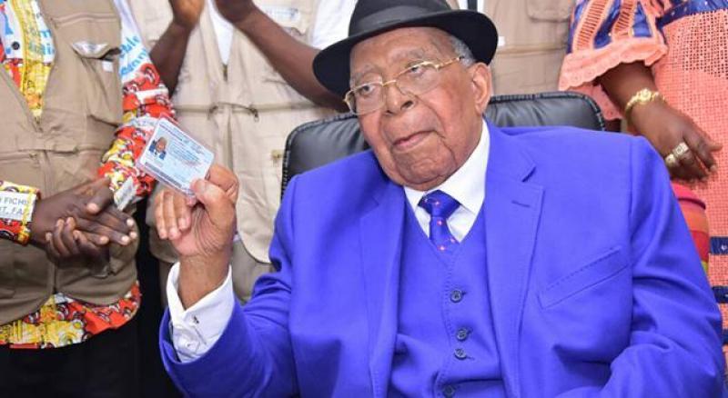 Décès de Gizenga : « C'est une grande perte pour le pays » (Mende)