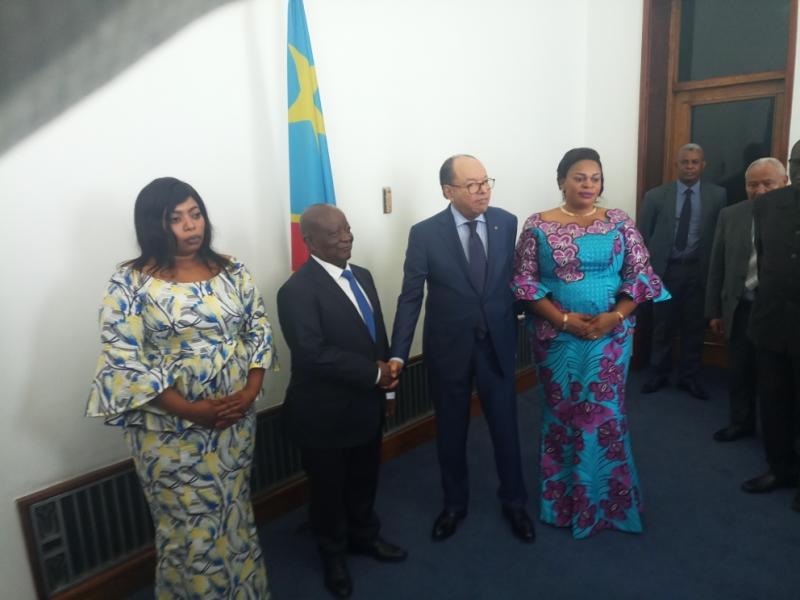 RDC : Après 12 ans de service, Kengo passe le pouvoir à Mamboleo.