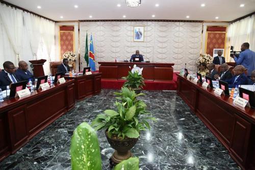 RDC : des dispositions sont prises contre les criquets pèlerins (Gouvernement)