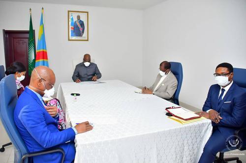 """RDC: """"Ce ne sont pas les batailles politiques inutiles qui viendront nous distraire en ce moment """" (Jeanine Mabunda)."""