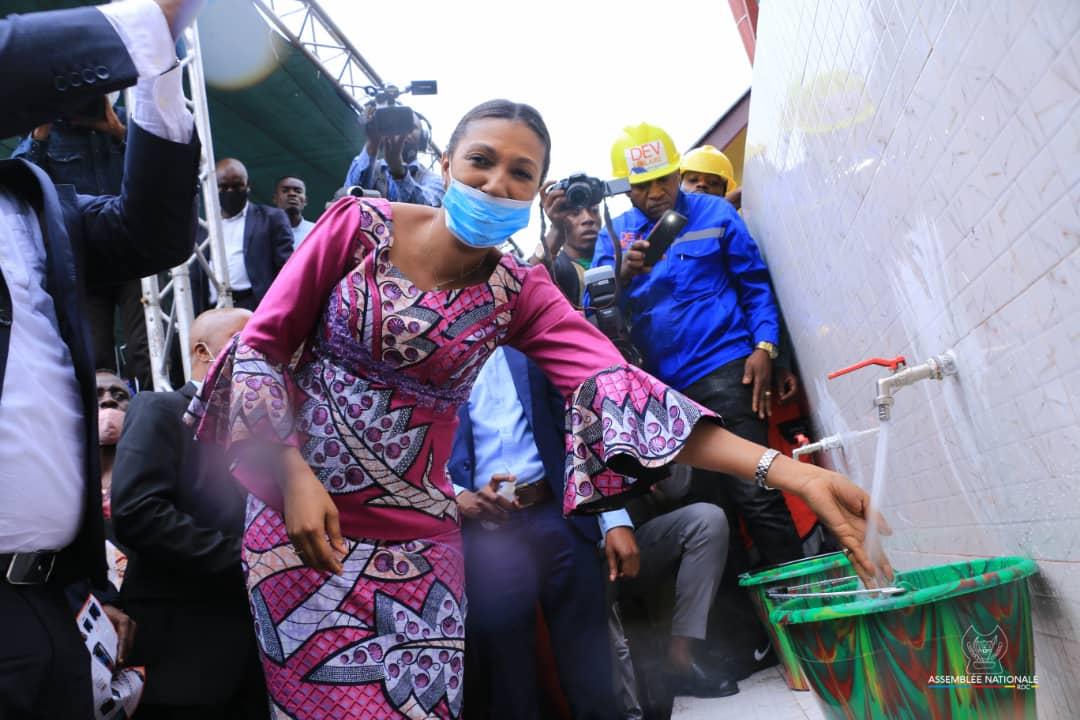 Jeanine Mabunda: Après 60 ans de pénurie d'eau potable.