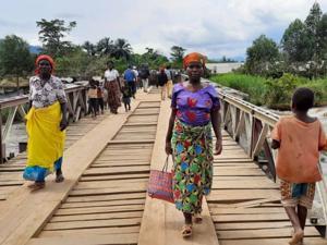 Nouvel an au Nord-Kivu : des milliers d'habitants abandonnent leurs villages à la suite des affrontements entre groupes armés.