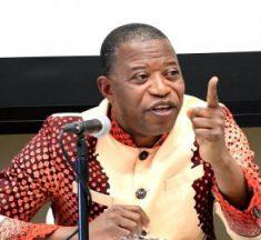 """RDC : """"L'arrêt R. Const. 1453 de la Cour constitutionnelle devrait mettre fin à la dictature des autorités morales"""" (Tribune de Pr. Mbata)."""