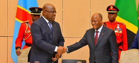 """Décès du président Tanzanien : Tshisekedi rend hommage à """"un solide partenaire qui a fièrement défendu l'indépendance du continent africain""""."""