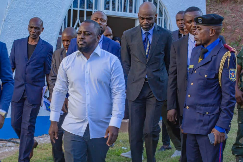 Kalemie : la Police réprime les manifestations pro et anti Zoé Kabila.
