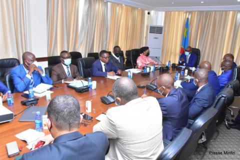 RDC : Nicolas Kazadi annonce la reprise des émissions des bons du Trésor.