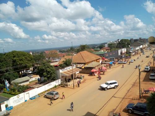 19 personnes interpellées après un « bouclage systématique » de la police à Mulekera.