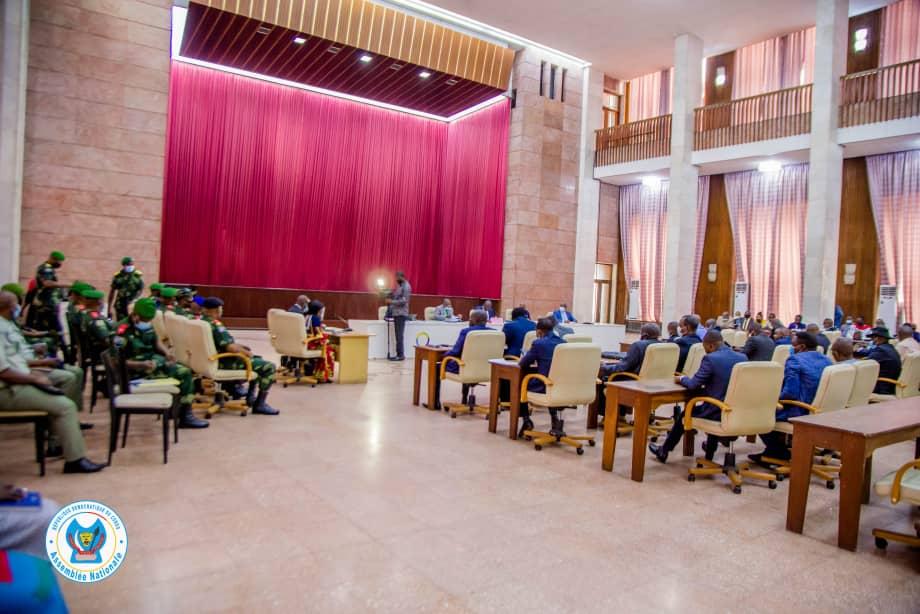 RDC-Évaluation état de siège : Le ministre de la Défense sollicite 48 heures pour rencontrer les préoccupations des élus.